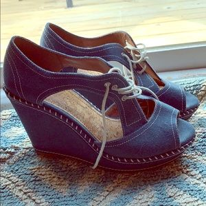 Gianni Bini Jean Wedges with Laces